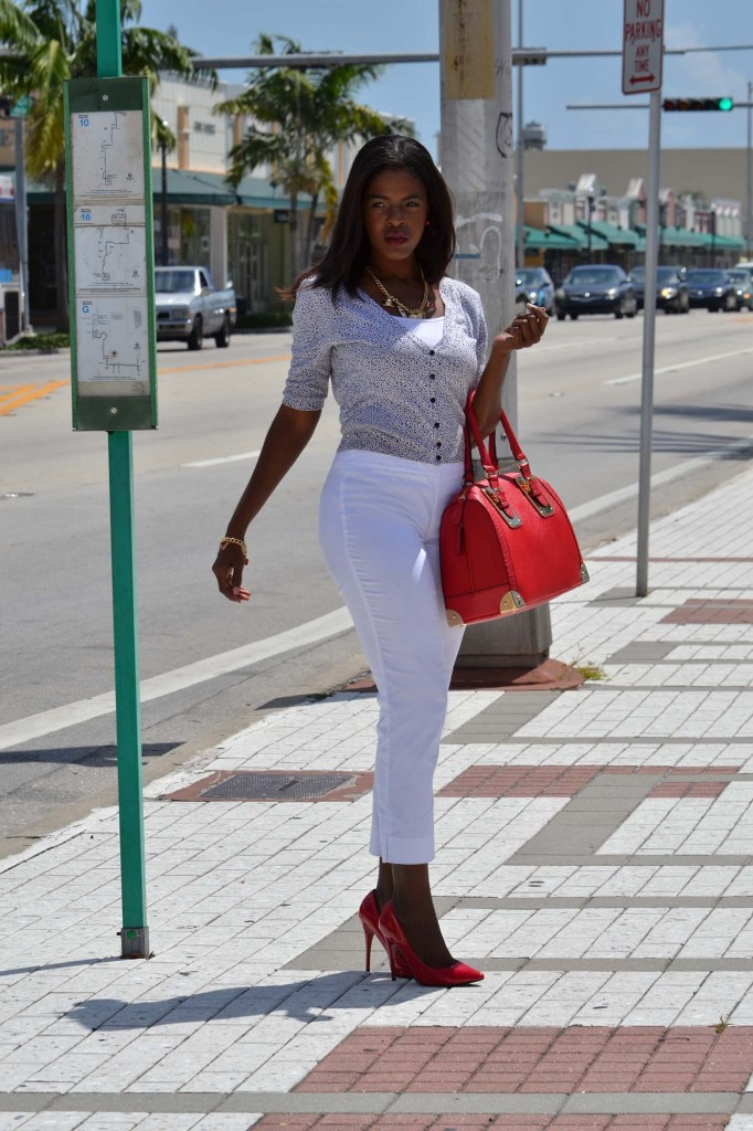 White pants red shoes and bag DSC_0033edit