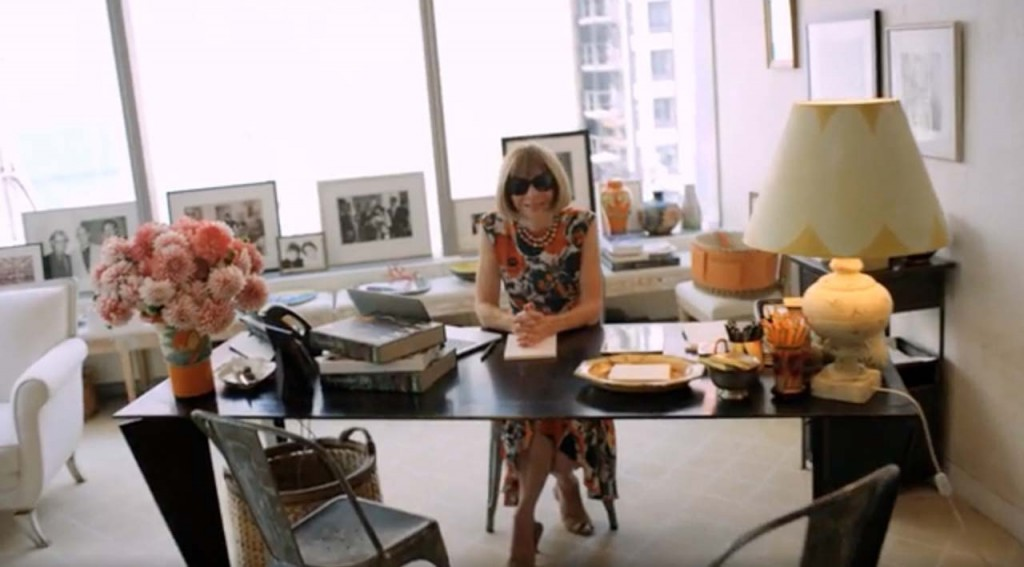 Inside the habitat of a boss anna wintour s office for Anna decoration in home