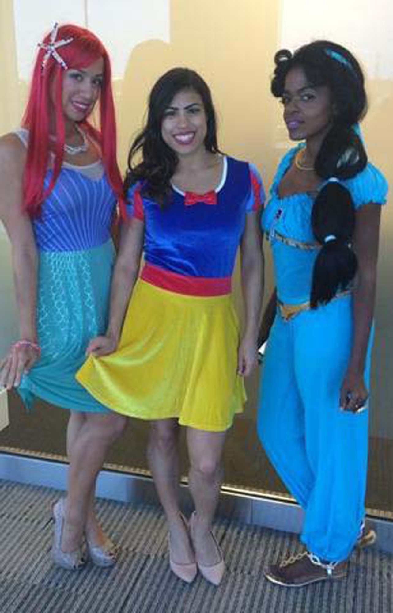 6935 Office Halloween Disney Princesses
