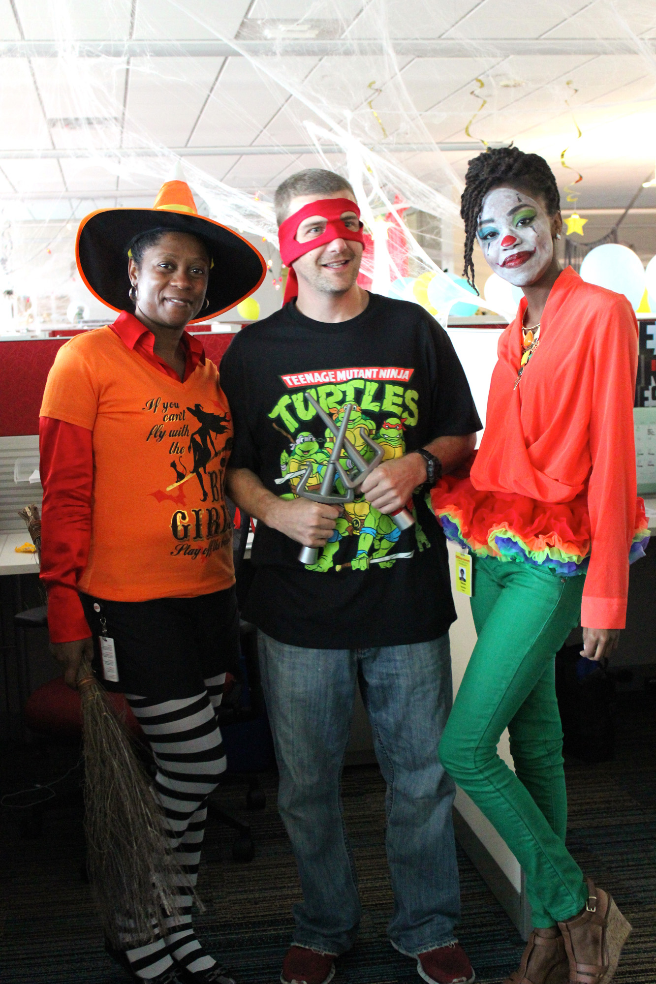 9672 Office Halloween