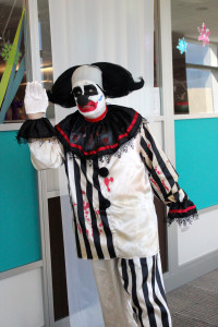 9718 Office Halloween Clown
