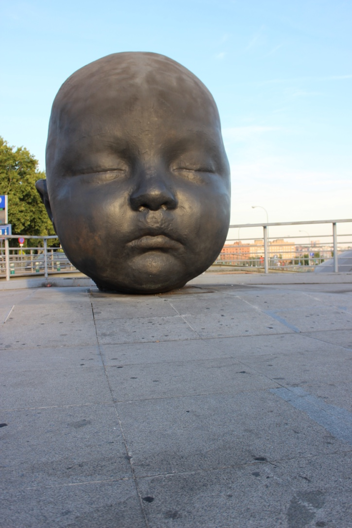 Big Baby Statue Madrid